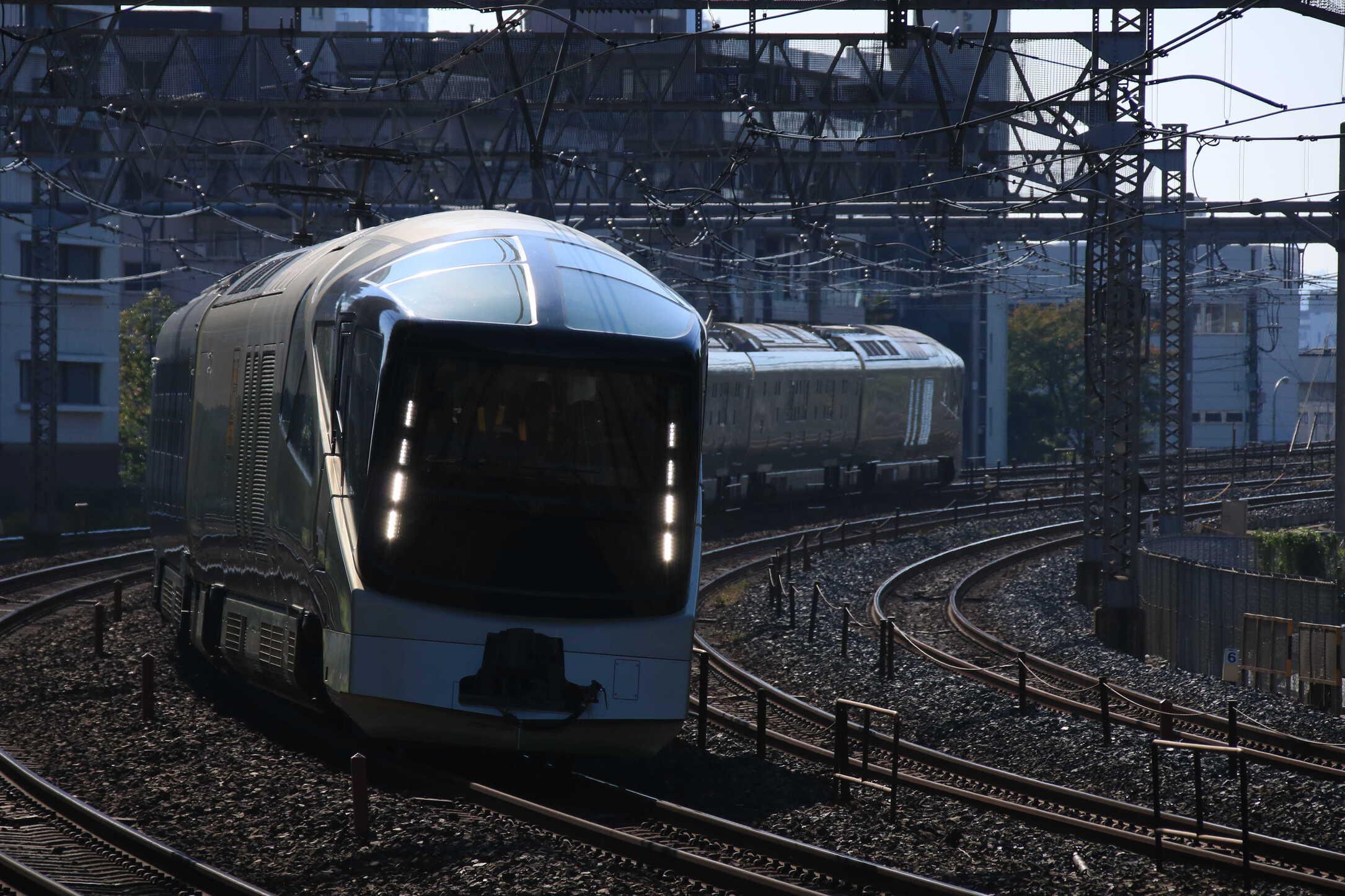 """試9891M E001系 """"TRAIN SUITE 四季島"""" 高崎線,上越線試運転"""