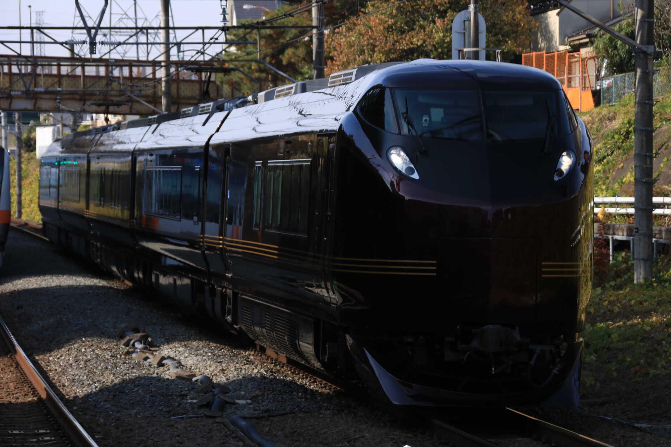 """回9520M 団臨(東1125) 送り込み回送 E655系 """"和"""" 東オク車5両"""