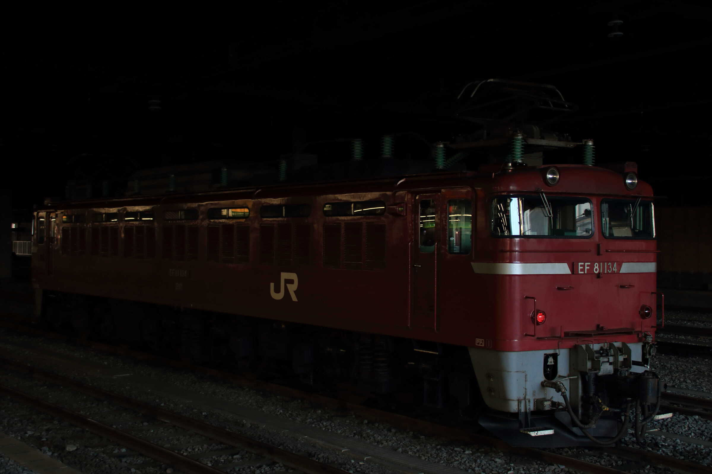 単9751列車 EF81-134①[長岡]