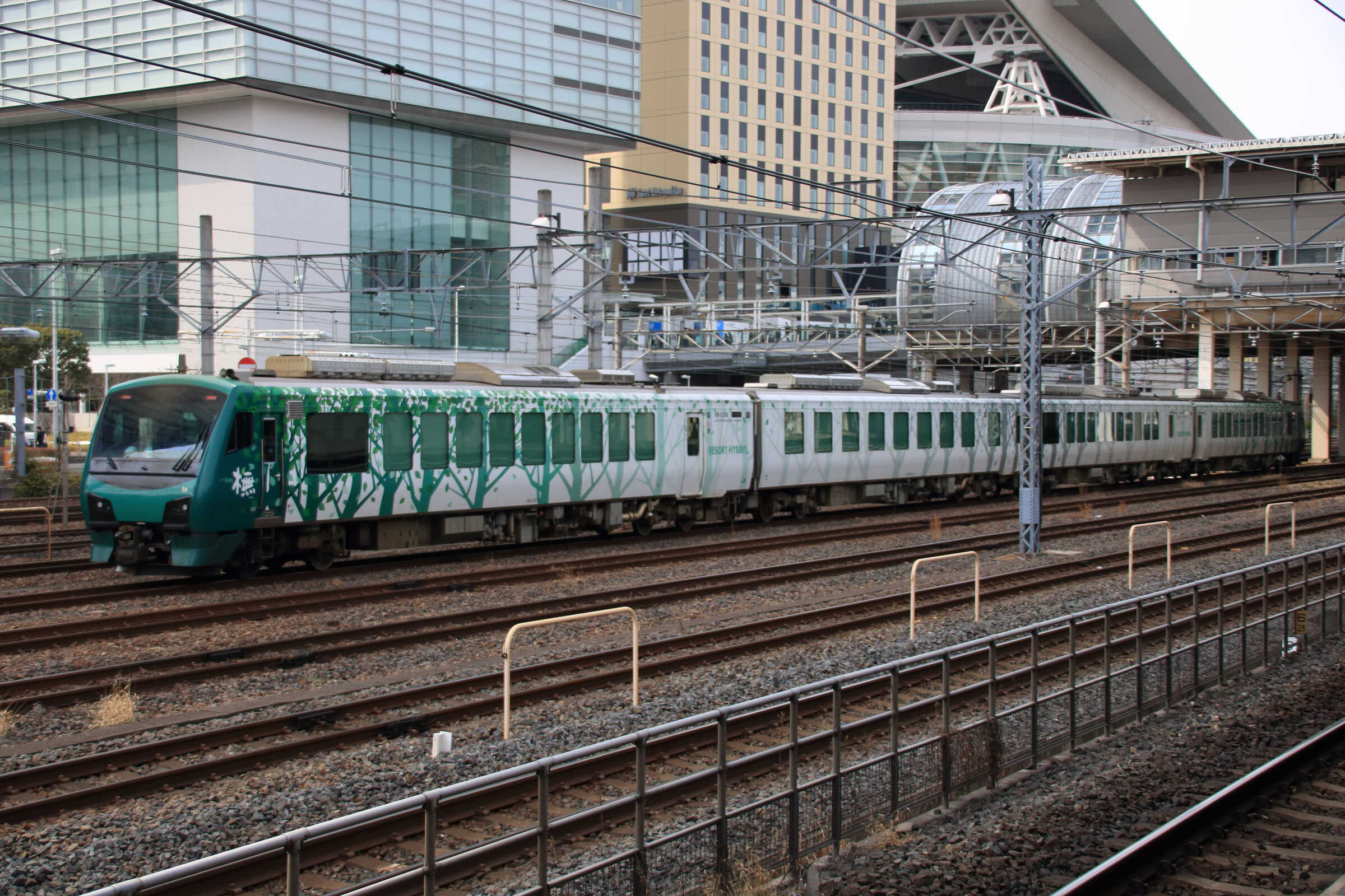 配9748列車〜機回し〜配9659列車
