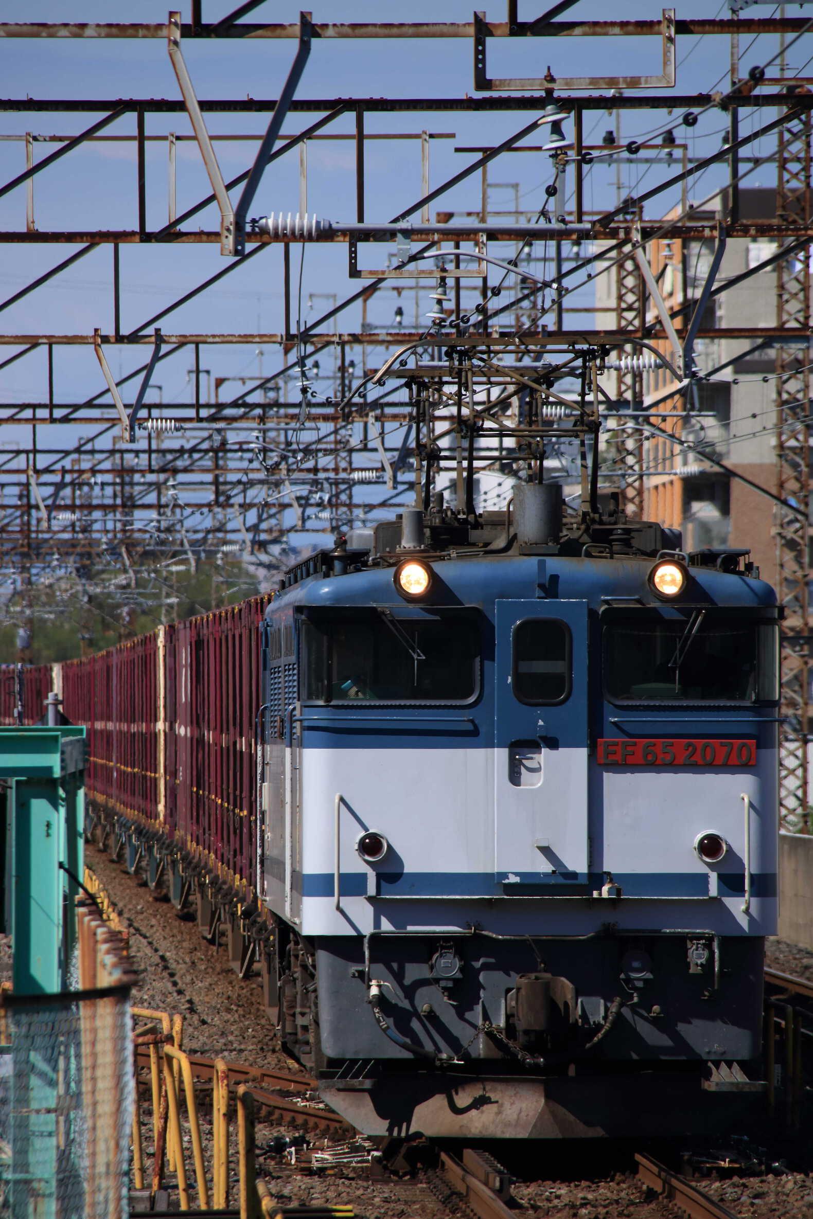 73列車 EF65-2070②[新]+コキ