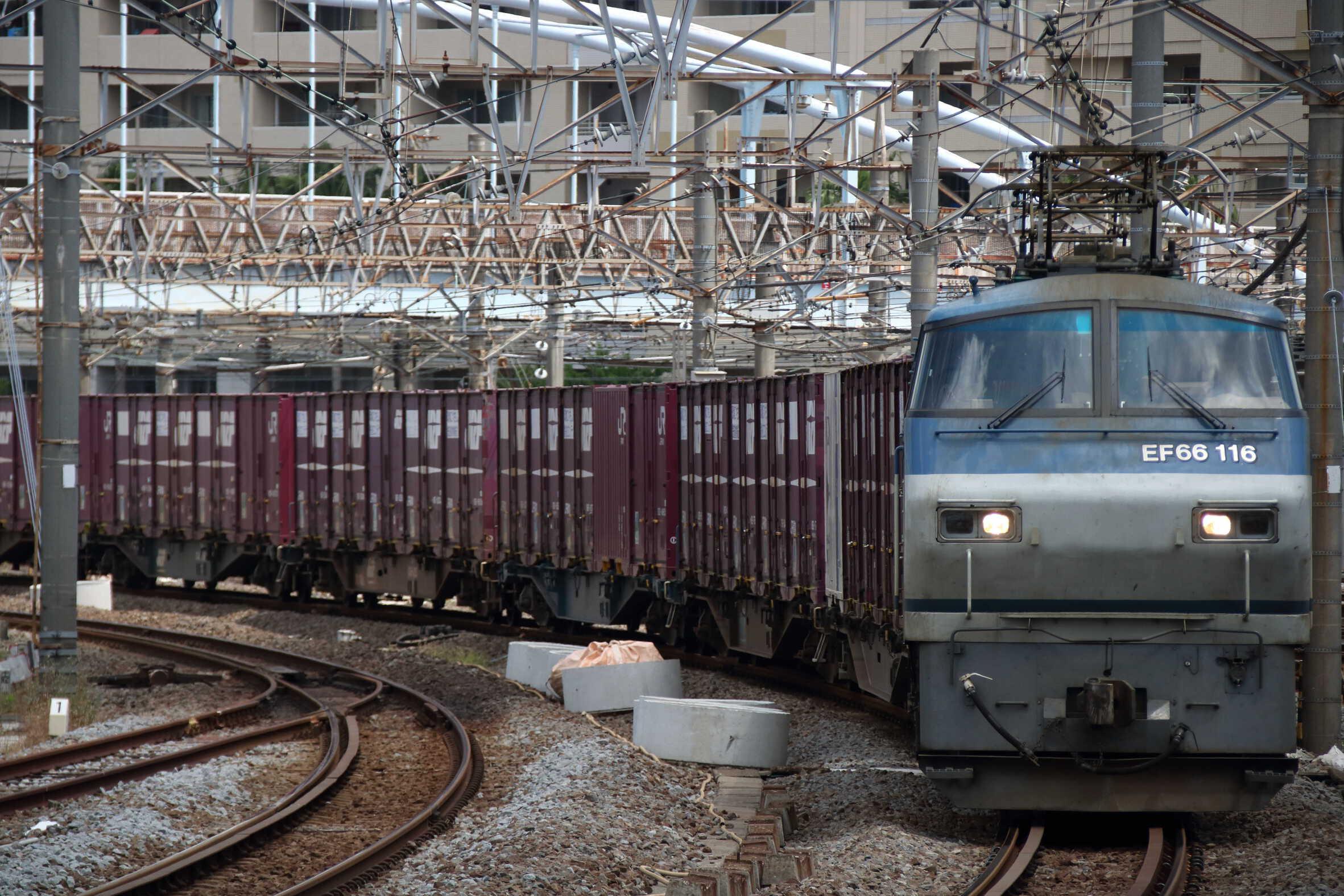 5097列車 EF66-116②[吹]+コキ
