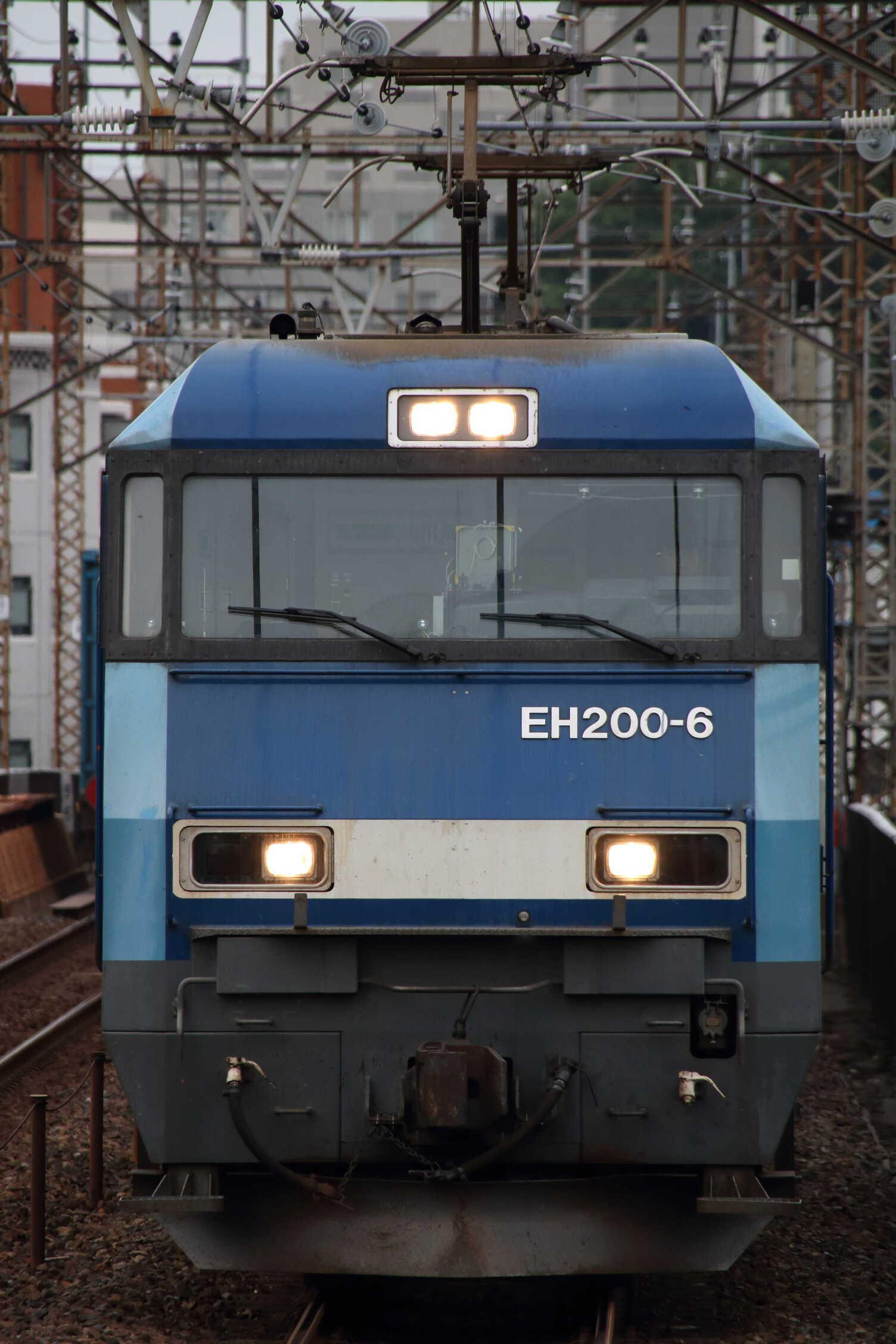 89列車 EH200-6[高]+コキ