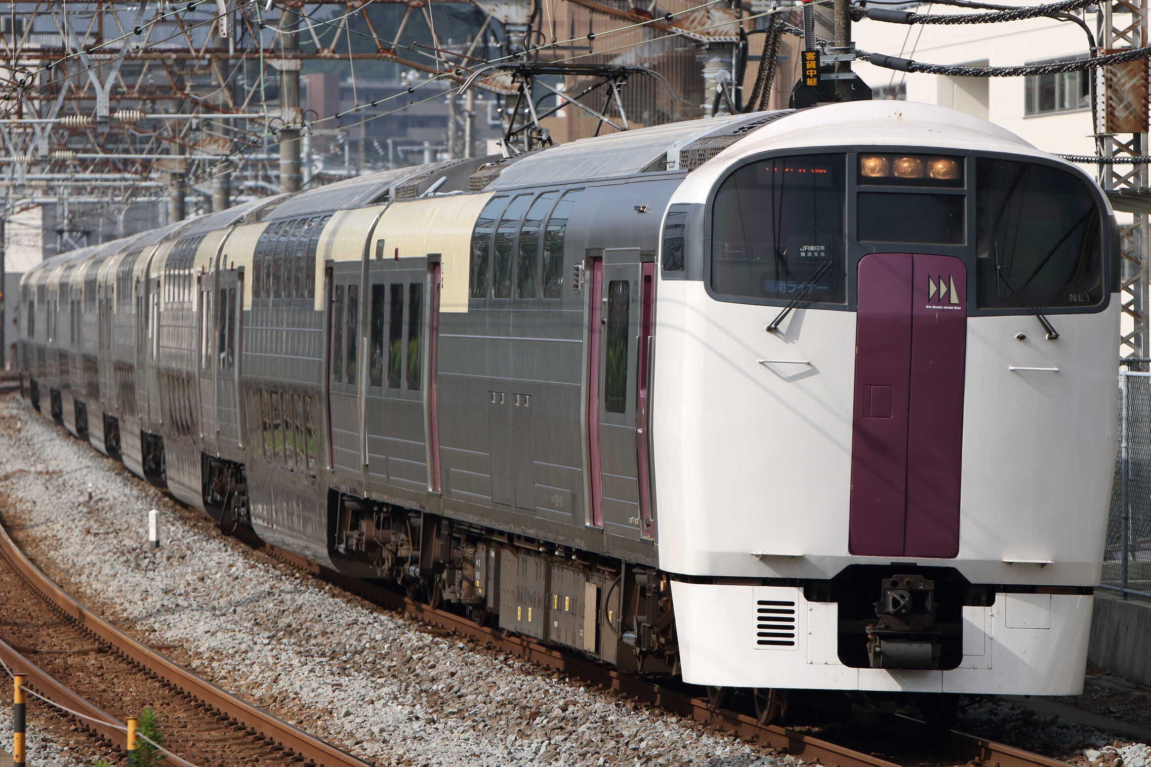 3728M 湘南ライナー8号  215系 横コツNL1編成