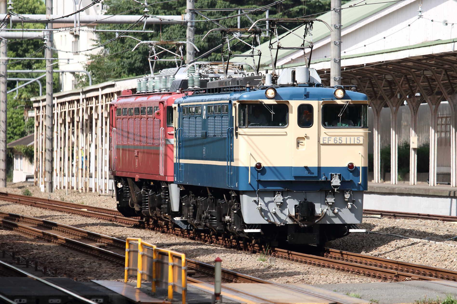 単9520列車 TK公開展示車両送り込み EF65-1115①[田]+EF81-81①[田]