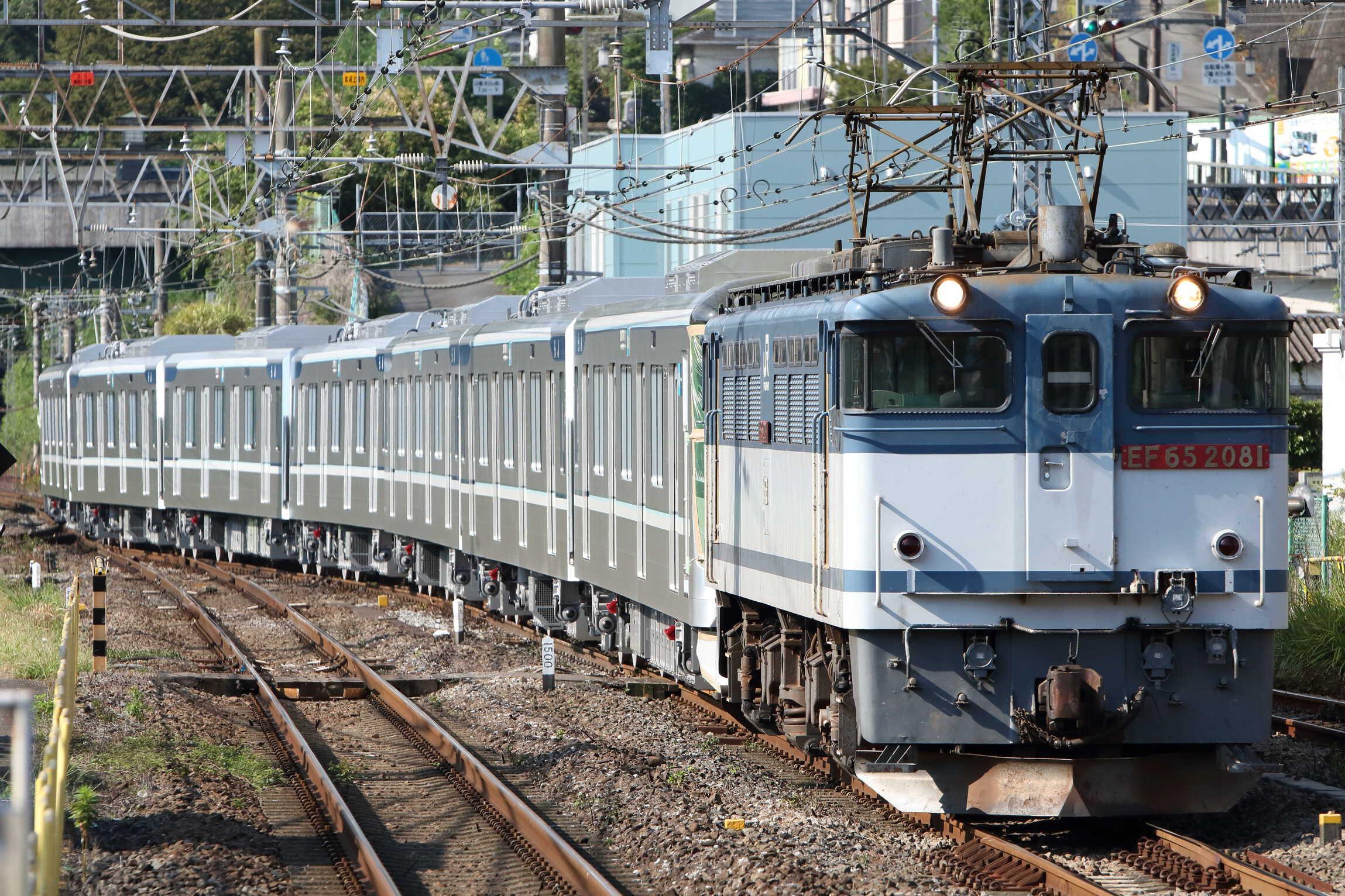 8860列車 甲123(徳庵〜熊谷(タ)(羽生)) 近畿車輛出場甲種輸送 EF65-2081①[新]\<臨A852>+東京メトロ13000系 13113F