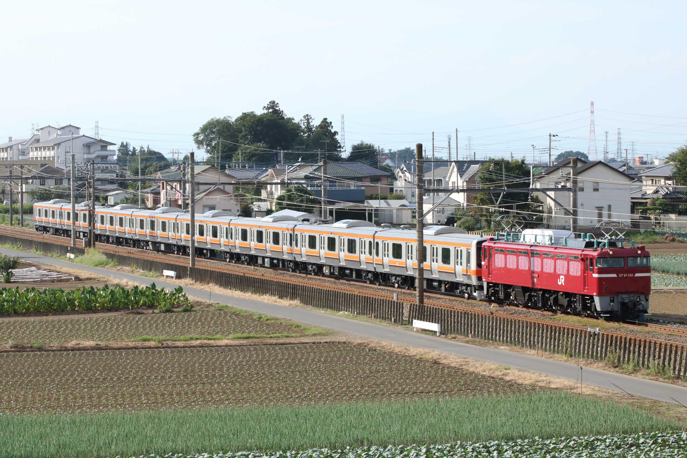 配9736列車 AT出場配給 EF81-140①[長岡]+E231系 千ケヨMU2編成(旧八ミツB22編成+八ミツB5編成)