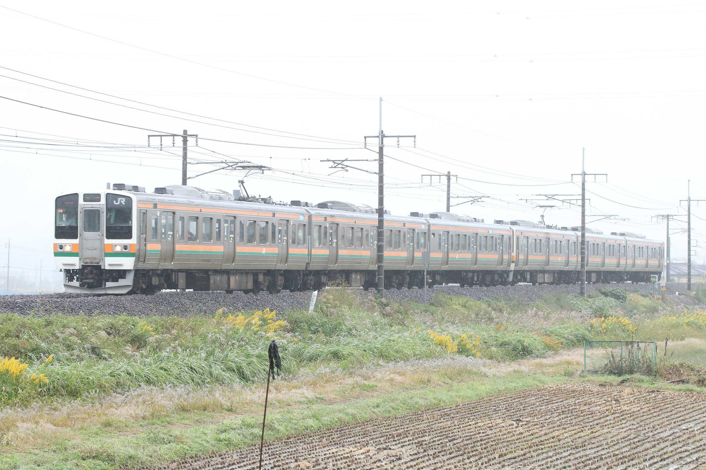 727M 211系 高タカC8編成